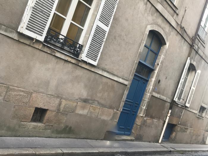 porte Sévigné
